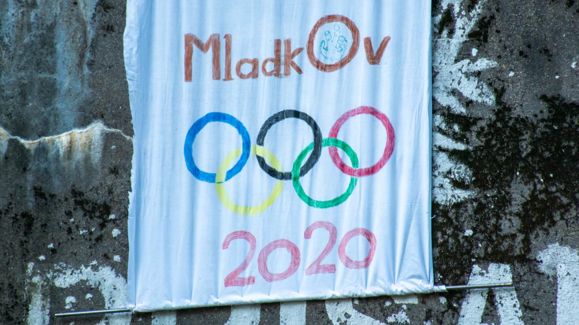 MLADKOV 2020